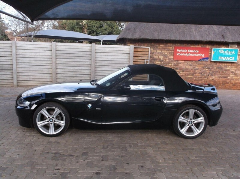 Used Bmw Z4 2 0i Exclusive Roadster E85 For Sale In
