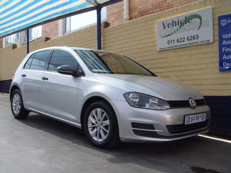 used volkswagen golf vii 1 2 tsi trendline for sale in gauteng id 2312542. Black Bedroom Furniture Sets. Home Design Ideas