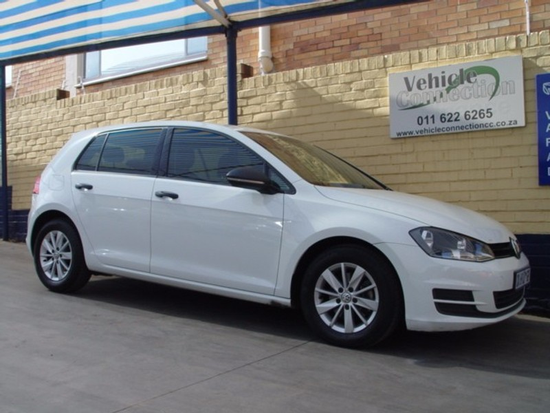 used volkswagen golf vii 1 2 tsi trendline for sale in gauteng id 2312562. Black Bedroom Furniture Sets. Home Design Ideas