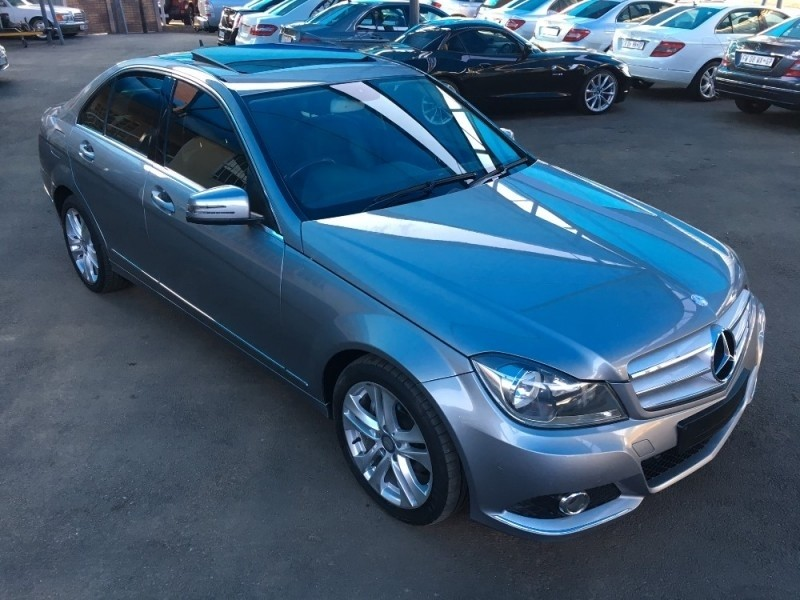 Used mercedes benz c class c180 be avantgarde for sale in for Mercedes benz c class used cars for sale