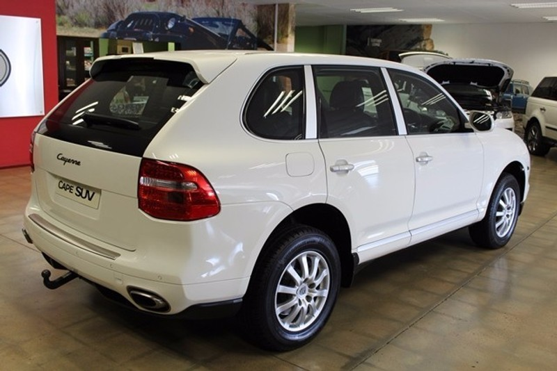 used porsche cayenne tiptronic for sale in western cape id 2318114. Black Bedroom Furniture Sets. Home Design Ideas