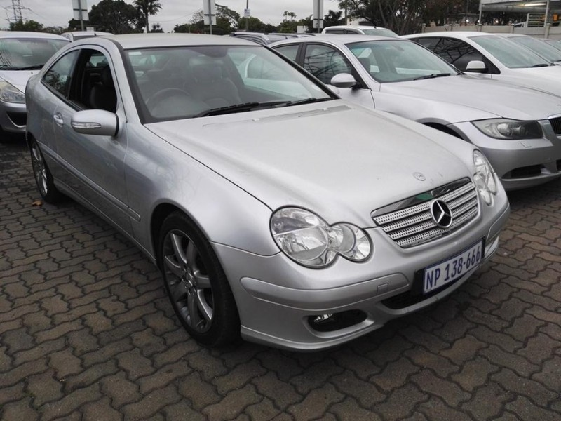 Used mercedes benz c class c230 v6 coupe a t for sale in for Mercedes benz c class 2006 for sale