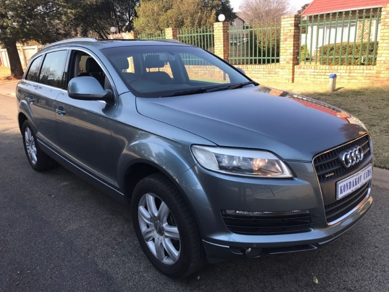 used audi q7 4 2 fsi v8 quattro tip for sale in gauteng id 2327374. Black Bedroom Furniture Sets. Home Design Ideas