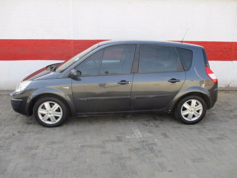 used renault scenic ii expression 1 6 for sale in gauteng id 2330956. Black Bedroom Furniture Sets. Home Design Ideas