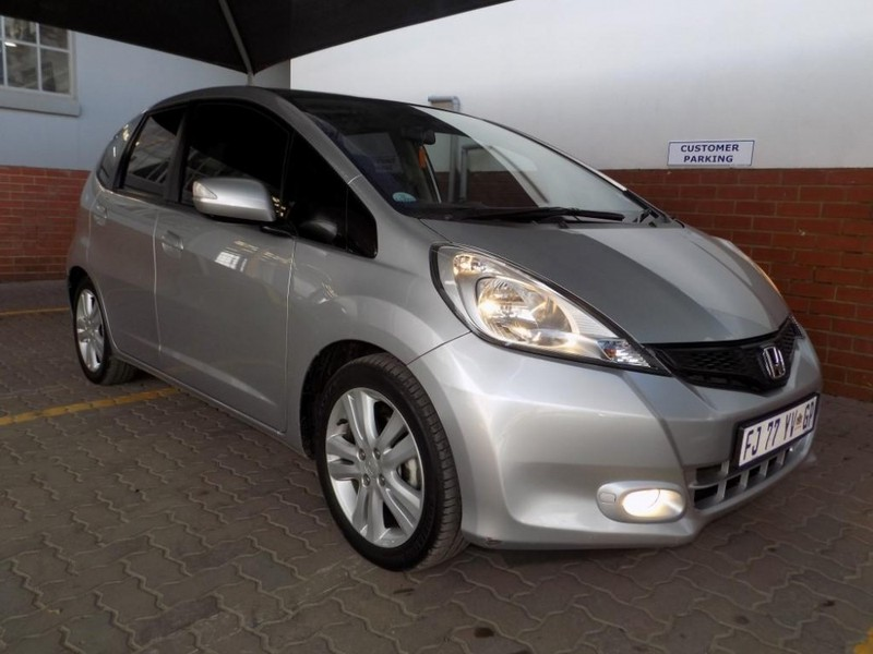 used honda jazz 1 5 executive a t for sale in gauteng id 2335288. Black Bedroom Furniture Sets. Home Design Ideas