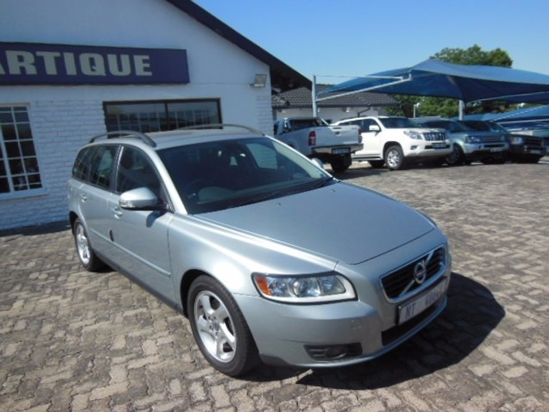 used volvo v50 station wagon for sale in gauteng id 2339196. Black Bedroom Furniture Sets. Home Design Ideas