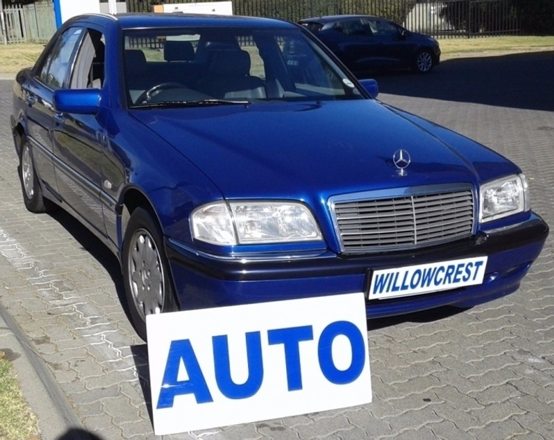 Used mercedes benz c class c200 elegance a t for sale in for Mercedes benz c class 1999 for sale