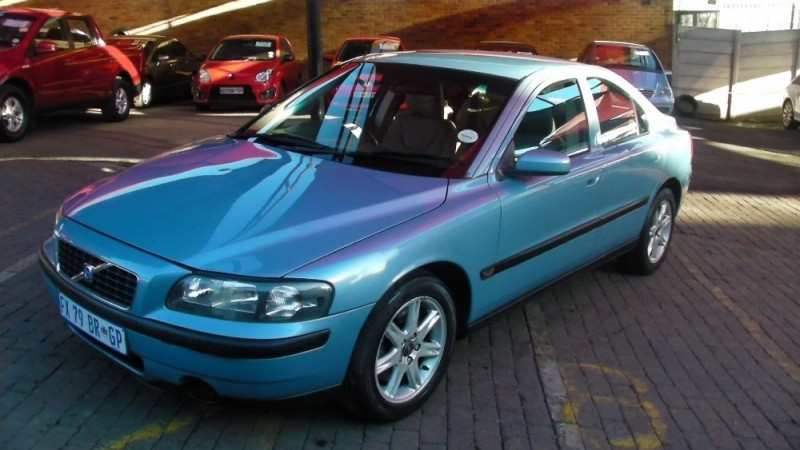 used volvo s60 a t for sale in gauteng id 2349752. Black Bedroom Furniture Sets. Home Design Ideas