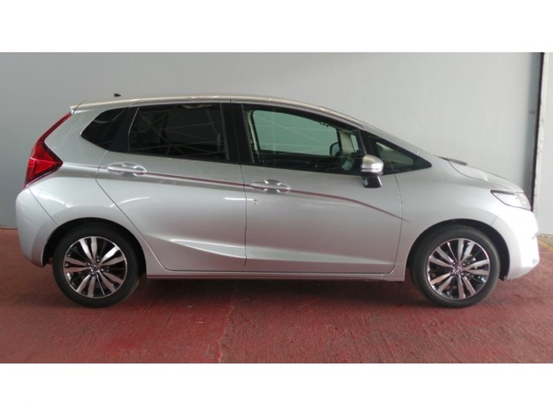 Used Honda Jazz 1.5 Dynamic for sale in Gauteng - Cars.co ...