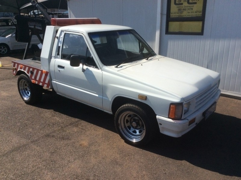 Used toyota hilux tow truck v6 for sale in gauteng cars for Used tow motors for sale