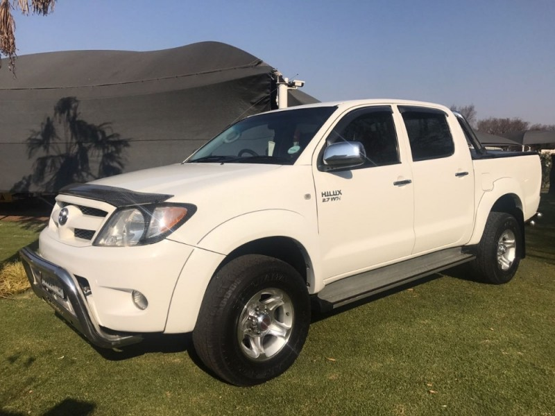 used toyota hilux 2 7 vvti raider r b p u d c for sale in. Black Bedroom Furniture Sets. Home Design Ideas