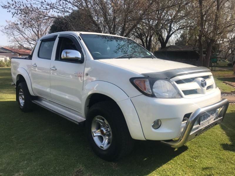 used toyota hilux 2 7 vvti raider r b p u d c for sale in gauteng id 2360714. Black Bedroom Furniture Sets. Home Design Ideas