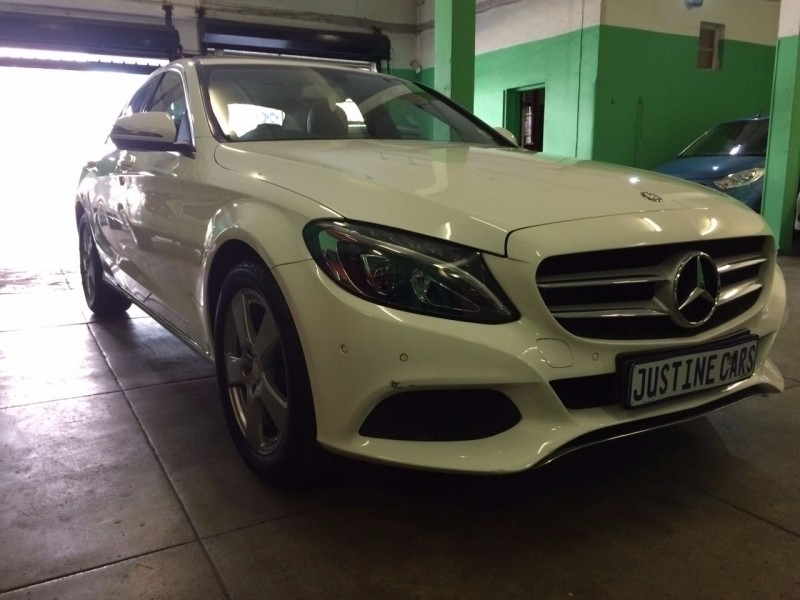 Used mercedes benz c class demo for sale in gauteng cars for Mercedes benz demo cars
