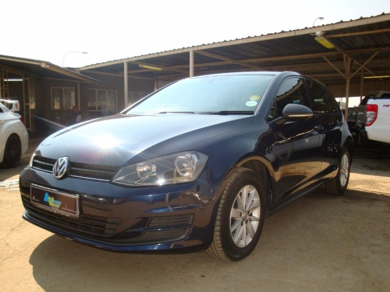 used volkswagen golf vii 1 4 tsi trendline for sale in gauteng id 2376632. Black Bedroom Furniture Sets. Home Design Ideas