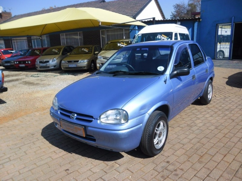 used opel corsa 130i 4 door for sale in gauteng id 2379462. Black Bedroom Furniture Sets. Home Design Ideas
