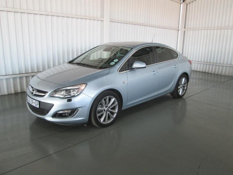 used opel astra 1 6t cosmo for sale in gauteng id 2395794. Black Bedroom Furniture Sets. Home Design Ideas