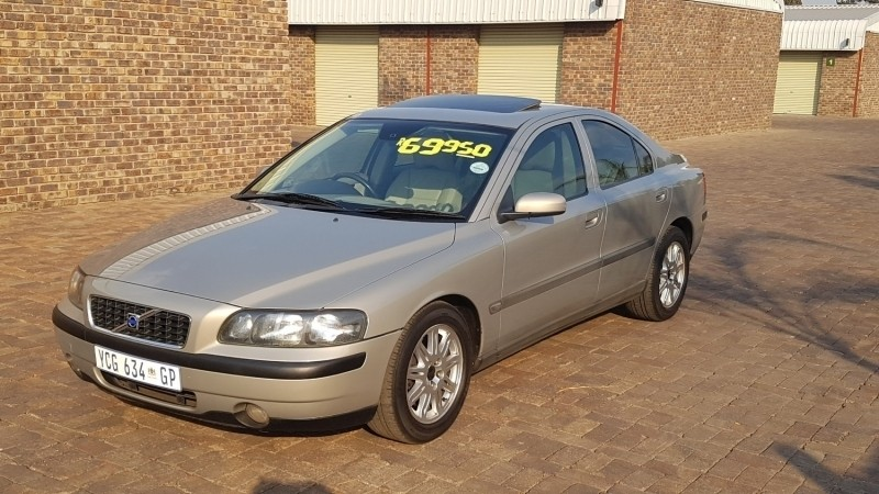 used volvo s60 s60 t5 auto luxury selling at r69 999 for sale in gauteng id 2398004. Black Bedroom Furniture Sets. Home Design Ideas