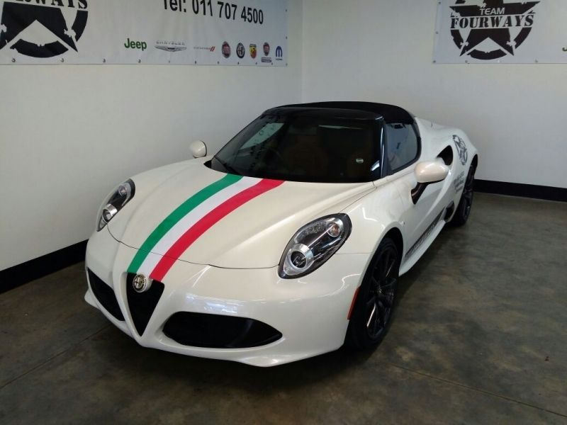 used alfa romeo 4c spider for sale in gauteng id 2398152. Black Bedroom Furniture Sets. Home Design Ideas