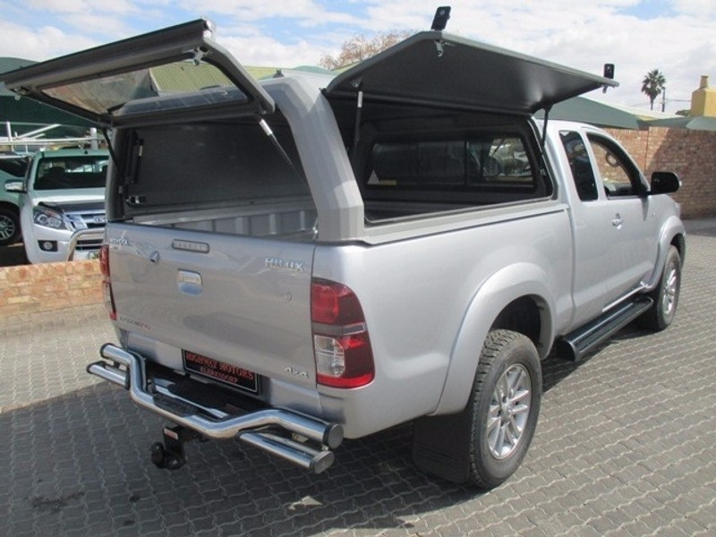 used toyota hilux 3 0d 4d legend 45 4x4 xtra cab p u for sale in north west province. Black Bedroom Furniture Sets. Home Design Ideas