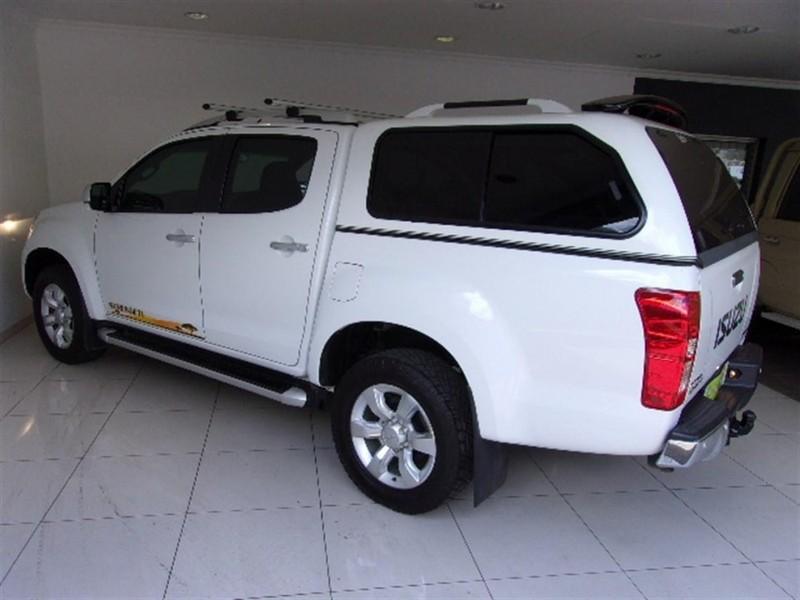 Used Isuzu KB Series KB 300 D-teq Serengeti Auto Bakkie ...