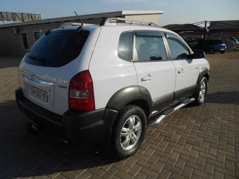 used hyundai tucson 2 0 crdi a t 4x4 for sale in gauteng. Black Bedroom Furniture Sets. Home Design Ideas