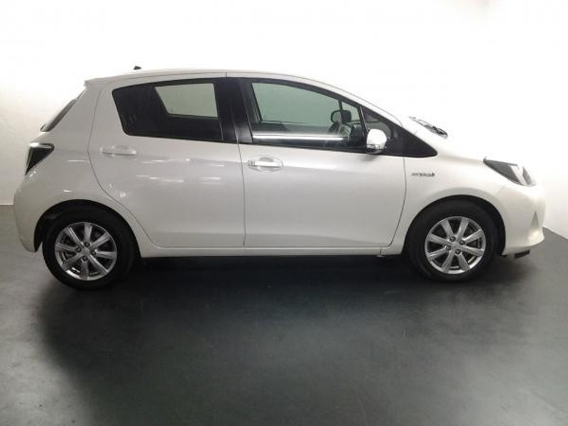 used toyota yaris 1 5 hsd xs 5dr hybrid for sale in limpopo id 2399564. Black Bedroom Furniture Sets. Home Design Ideas