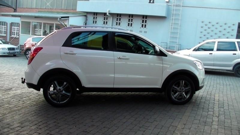 ssangyong korando 2 car - photo #44
