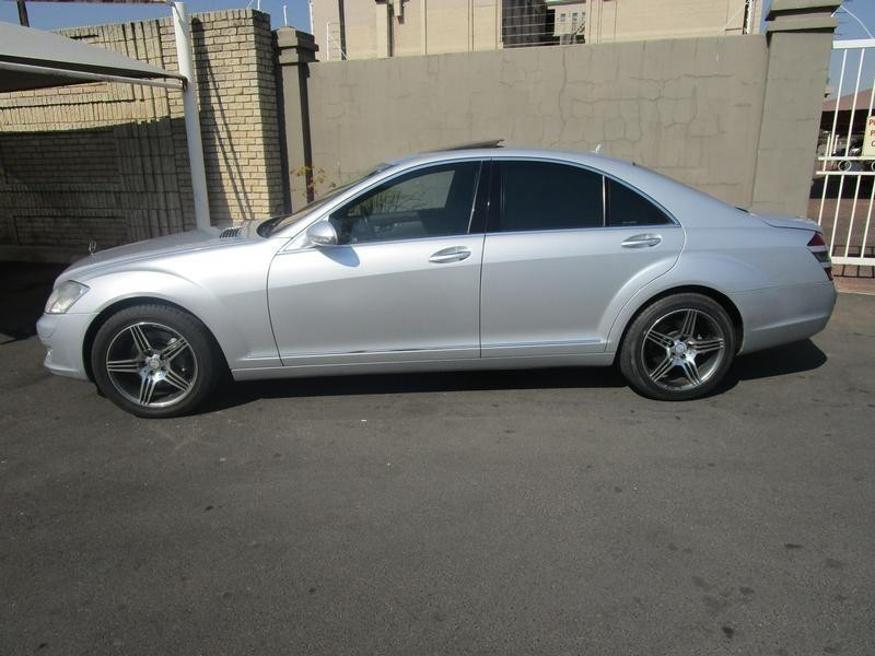 Used mercedes benz s class s 320 cdi for sale in gauteng for Mercedes benz 2008 s550 for sale
