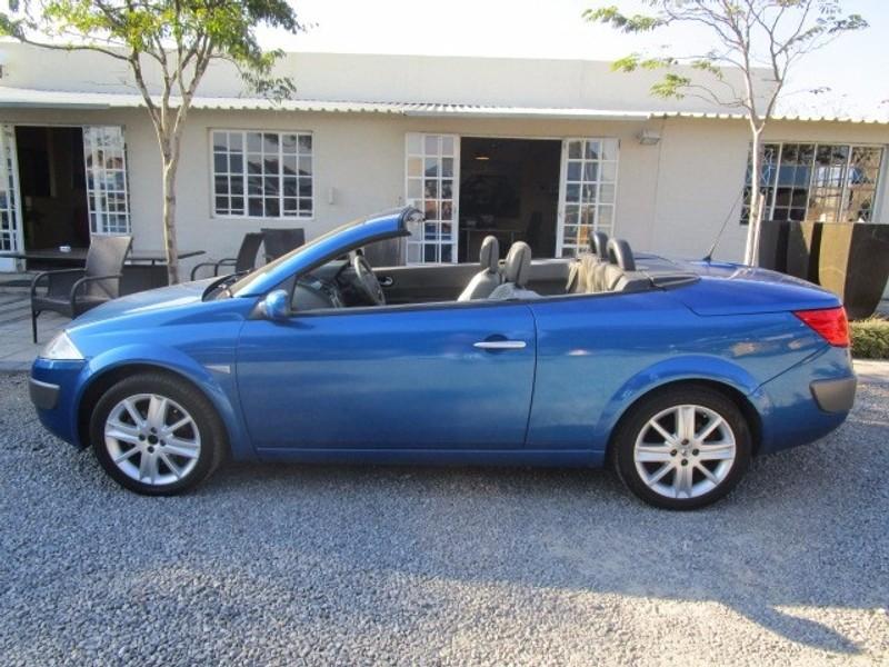 used renault megane cabriolet 2 0 for sale in gauteng id 2415570. Black Bedroom Furniture Sets. Home Design Ideas