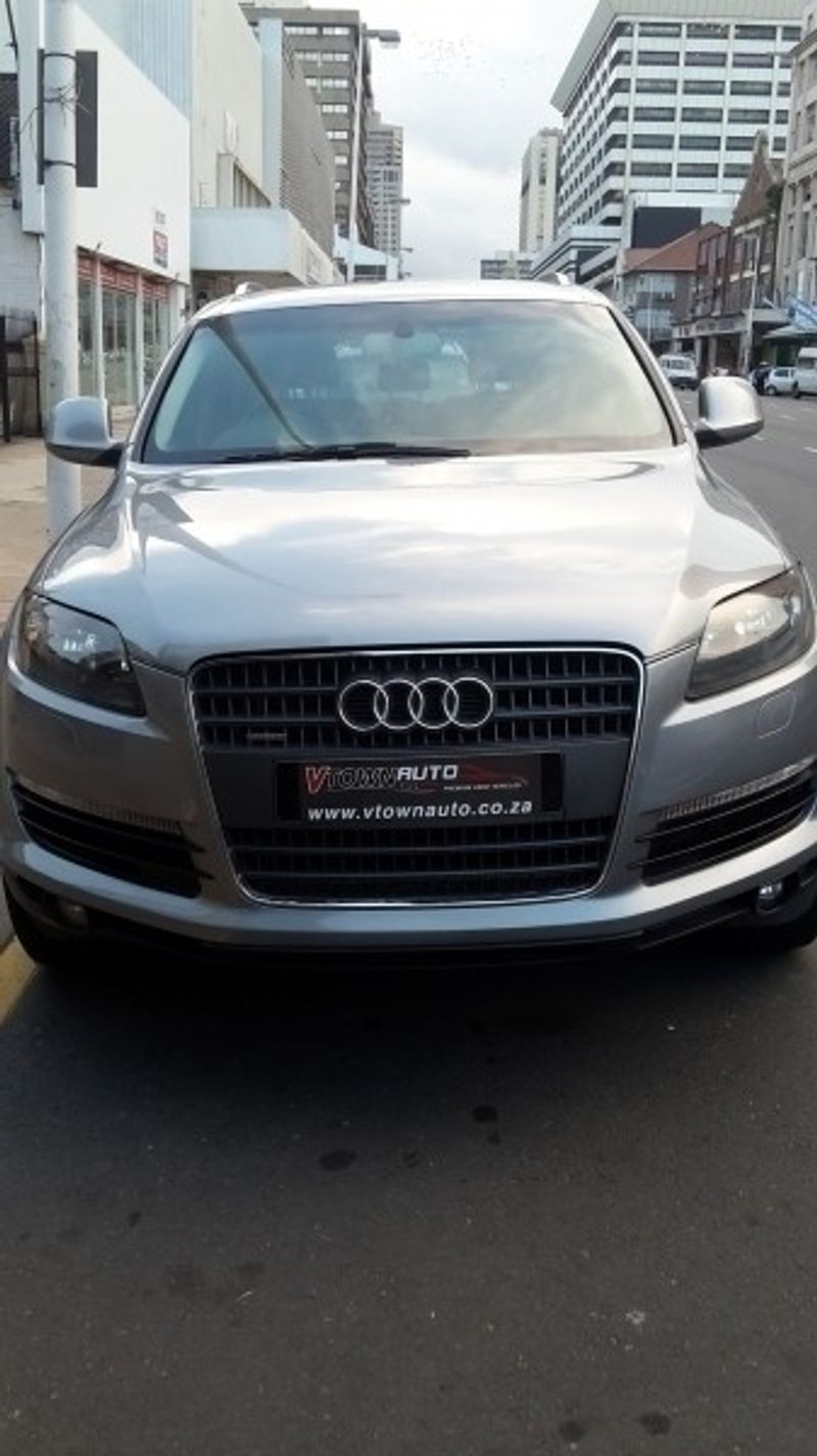 used audi q7 3 0tdi tiptronic for sale in kwazulu natal id 2416802. Black Bedroom Furniture Sets. Home Design Ideas
