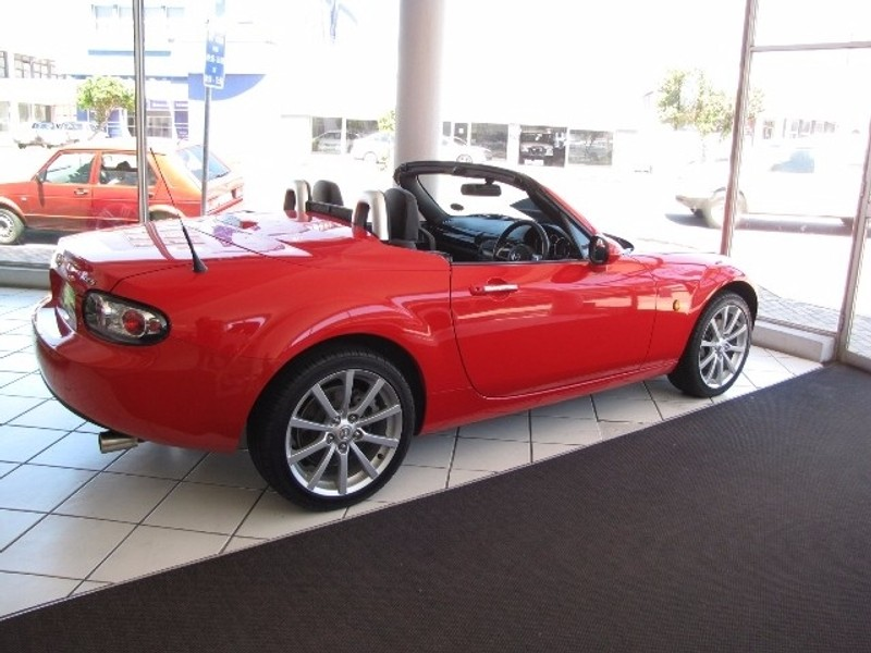 used mazda mx 5 mx5 hard top convertible for sale in eastern cape id 2422010. Black Bedroom Furniture Sets. Home Design Ideas