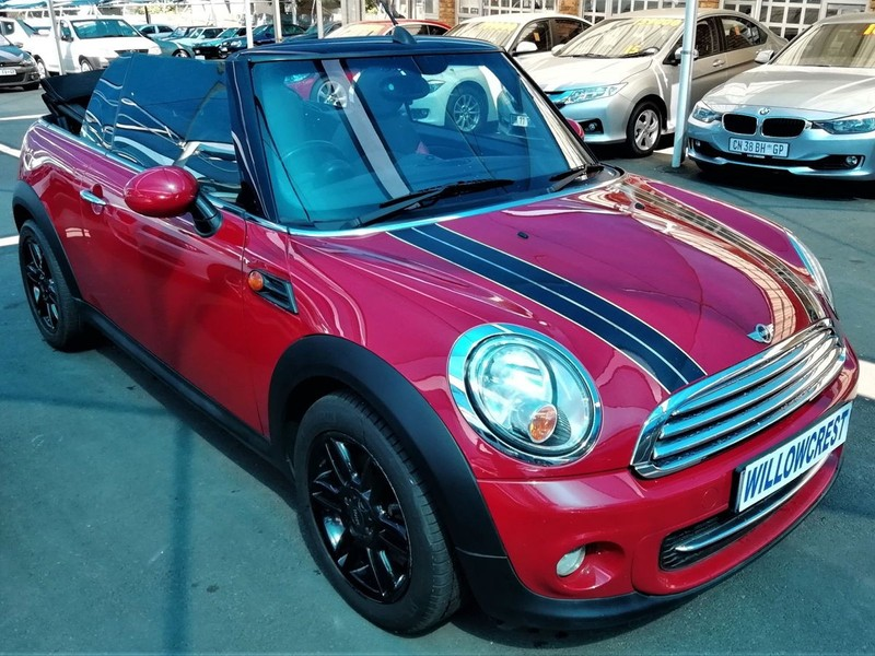 used mini cooper convertible for sale in gauteng id 2442386. Black Bedroom Furniture Sets. Home Design Ideas