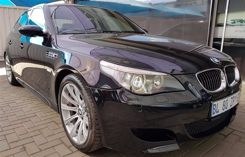 used bmw m5 smg e60 for sale in gauteng id 2448378. Black Bedroom Furniture Sets. Home Design Ideas