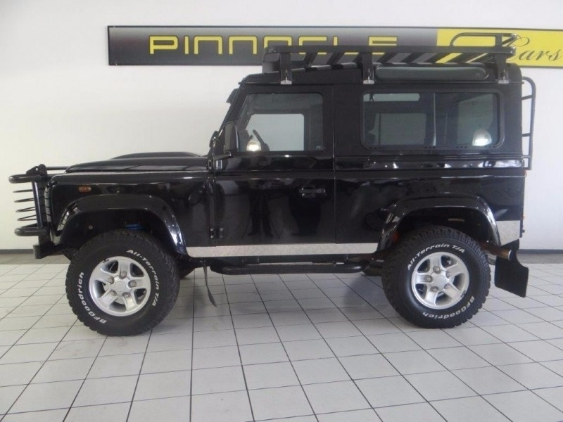 Used Land Rover Defender 90 2 2d S W For Sale In Gauteng