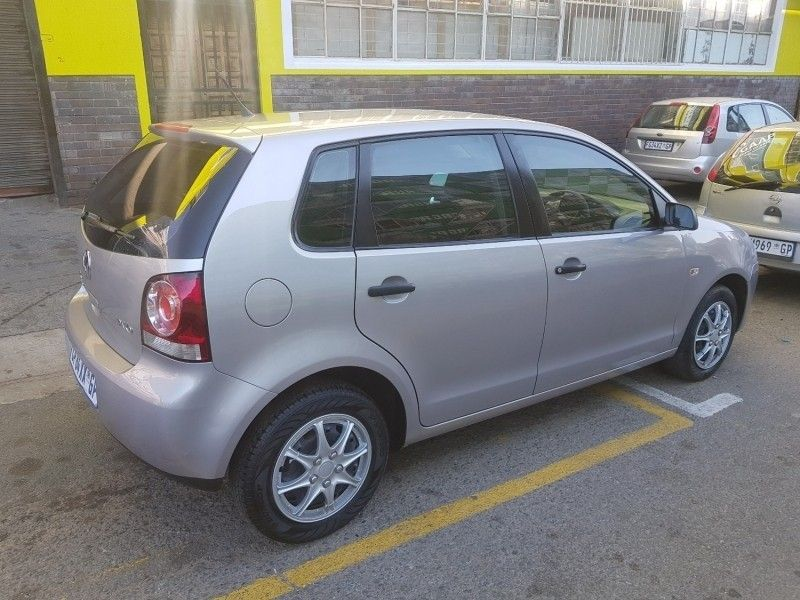 Used Volkswagen Polo 1 6 Comfortline 5dr Sunroof Leather Interior For Sale In Gauteng Cars
