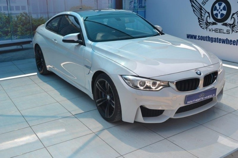 used bmw m4 coupe m dct for sale in gauteng id 2471204. Black Bedroom Furniture Sets. Home Design Ideas