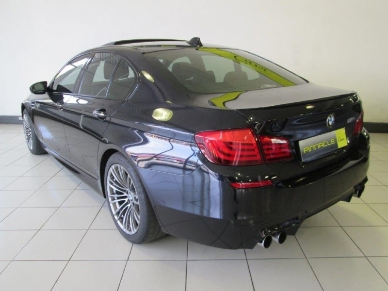 used bmw m5 m dct f10 for sale in gauteng id 2475788. Black Bedroom Furniture Sets. Home Design Ideas
