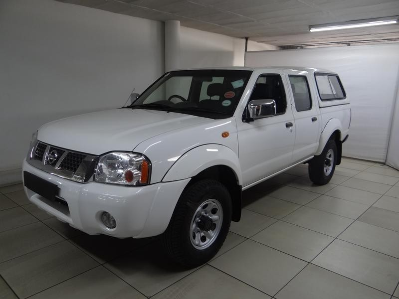 used nissan hardbody np300 4x4 double cab bakkie for sale in gauteng id 2485872. Black Bedroom Furniture Sets. Home Design Ideas