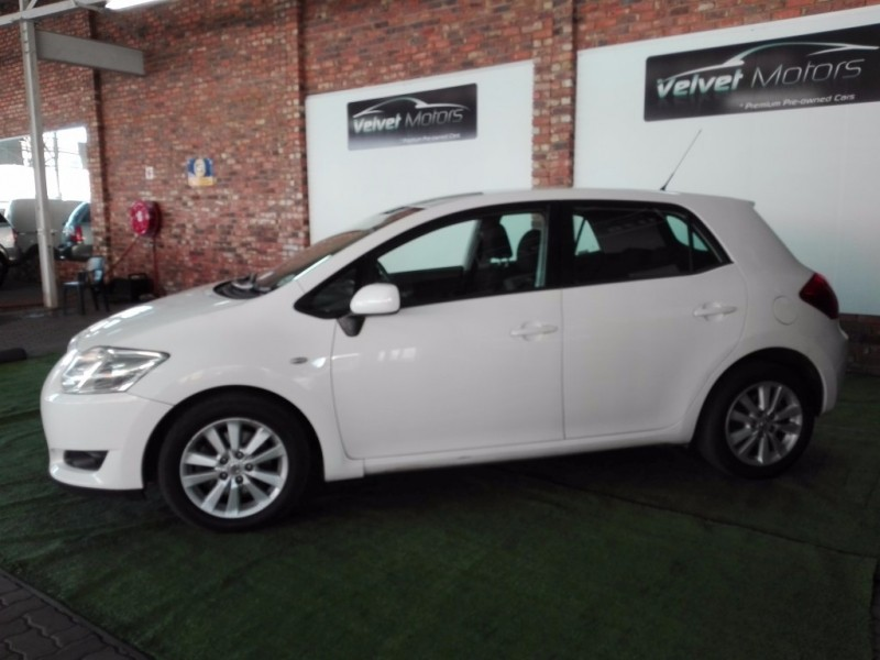 used toyota auris 2 0 d 4d xd for sale in gauteng id 2489676. Black Bedroom Furniture Sets. Home Design Ideas