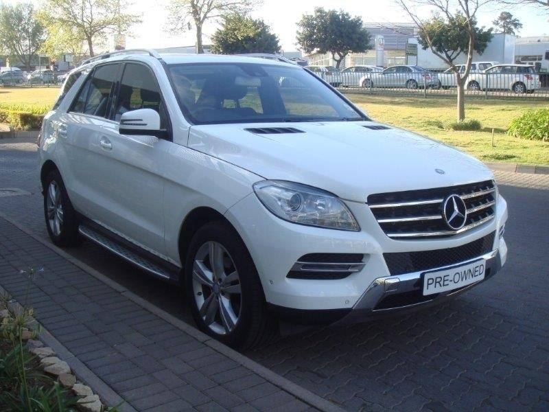 Used mercedes benz m class ml 350 bluetec for sale in for Mercedes benz bluetec for sale