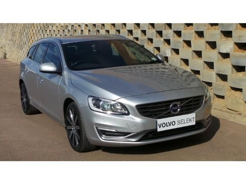used volvo v60 d5 elite geartronic for sale in gauteng. Black Bedroom Furniture Sets. Home Design Ideas