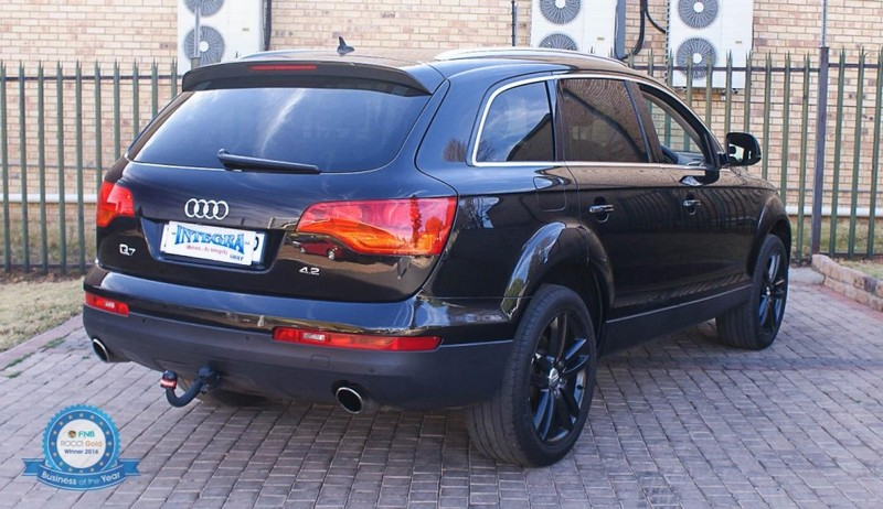 used audi q7 4 2 fsi v8 quattro tip for sale in gauteng id 2511034. Black Bedroom Furniture Sets. Home Design Ideas