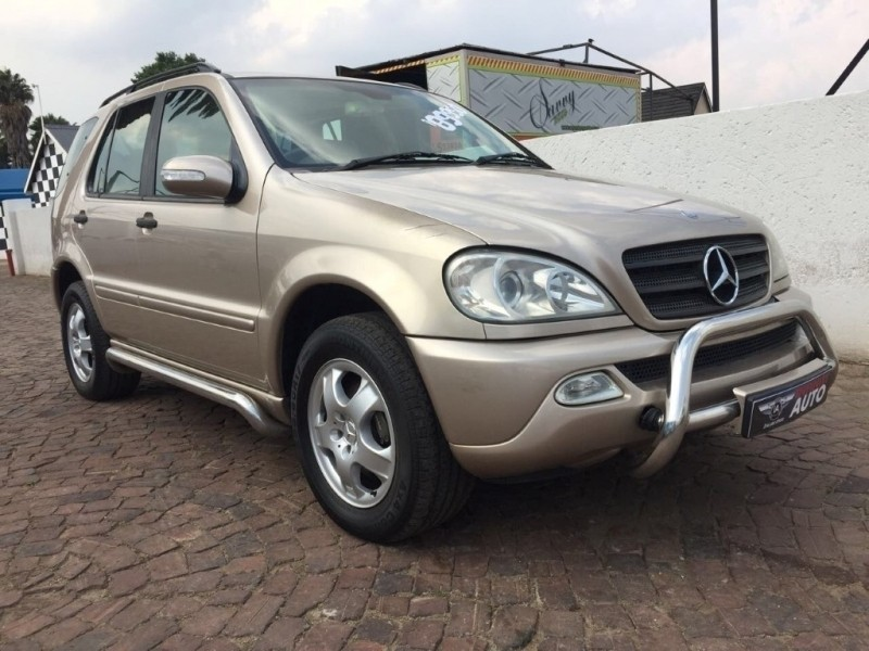 used mercedes benz m class ml 350 4x4 for sale in gauteng id 2520276. Black Bedroom Furniture Sets. Home Design Ideas