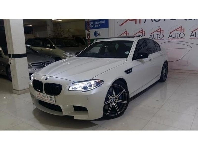 used bmw m5 f10 for sale in gauteng id 2553344. Black Bedroom Furniture Sets. Home Design Ideas