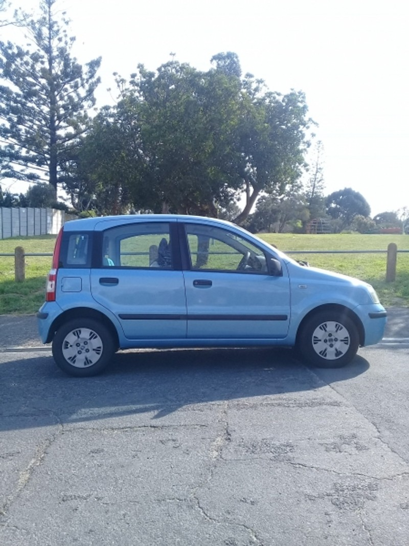 used fiat panda 1 2 dynamic for sale in western cape id 2560852. Black Bedroom Furniture Sets. Home Design Ideas