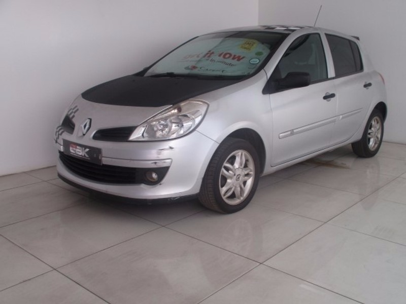 used renault clio iii 1 6 expression 5dr a t for sale in gauteng id 2561246. Black Bedroom Furniture Sets. Home Design Ideas