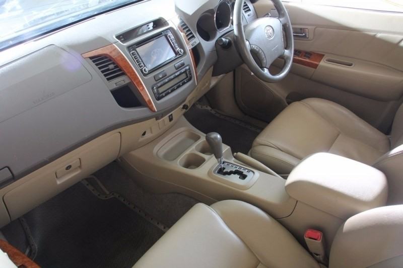 Used Toyota Fortuner 4 0 V6 A T For Sale In North West