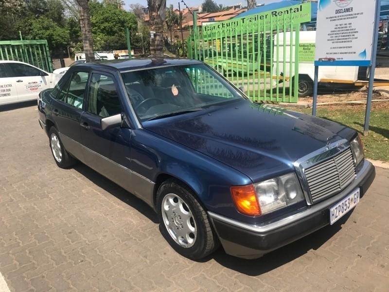 Used mercedes benz e class 230 e a t a c w124 for sale for Mercedes benz w124 for sale
