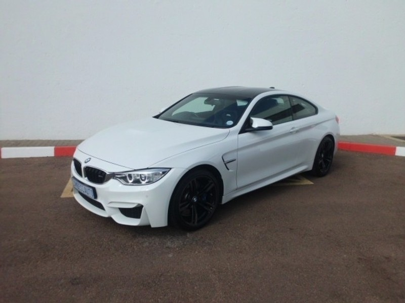 used bmw m4 coupe m dct for sale in gauteng id 2578792. Black Bedroom Furniture Sets. Home Design Ideas
