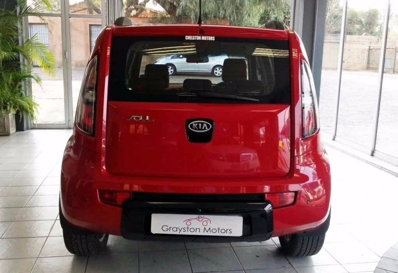 used kia soul 1 6 crdi high for sale in gauteng id 2585452. Black Bedroom Furniture Sets. Home Design Ideas